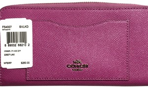 Coach COACH SLIM ACCORDION ZIP WALLET CLUTCH PHONE HOLDER... IN HYACINTH SILVER/HYACINTH (FUCHSIA) 54007