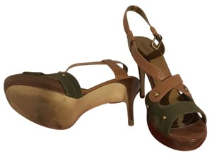 Guess green and brown Sandals