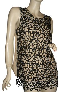 Neiman Marcus Top beige,black