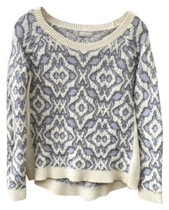 Hinge Chunky Embossed Silver Sweater