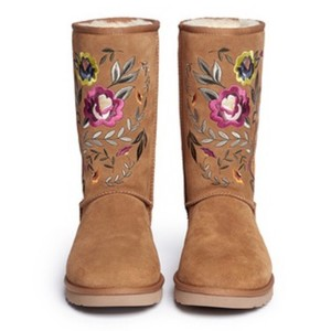UGG Australia Tan boot , Multicolored flowers Boots