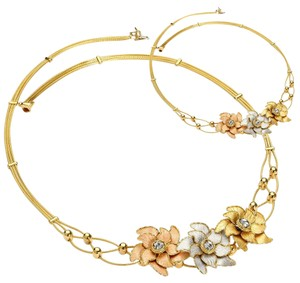Top Gold & Diamond Jewelry 14K Tri Color Flower Necklace - 18