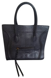 Celine Tote in Navy blue