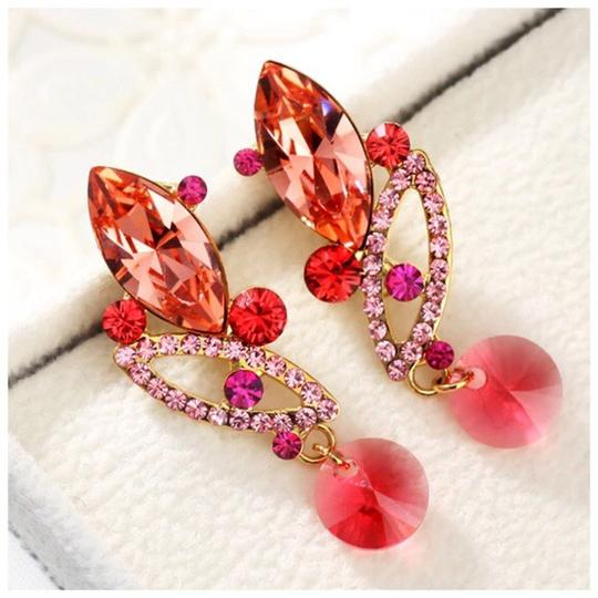 Other Made Using Swarovski Crystals Coral Pink Earrings S7 Image 1