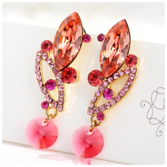 Other Made Using Swarovski Crystals Coral Pink Earrings S7 Image 2