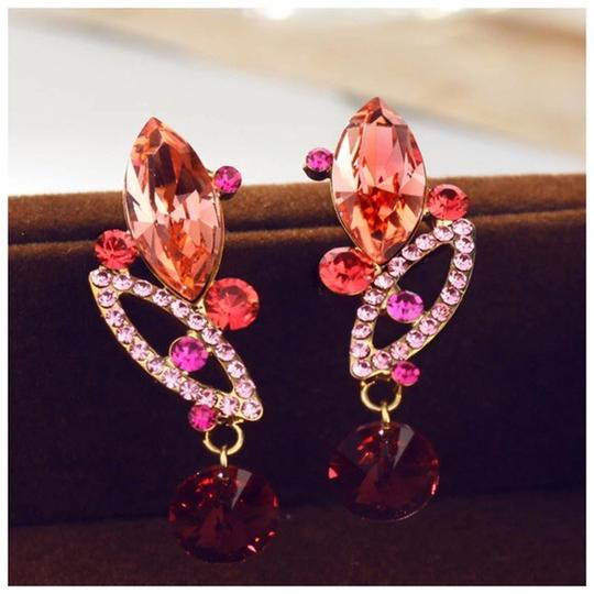 Other Made Using Swarovski Crystals Coral Pink Earrings S7 Image 3