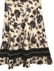 White House | Black Market Floral Work And 100% Silk Skirt Black & White