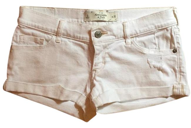 Preload https://img-static.tradesy.com/item/21084393/abercrombie-and-fitch-white-shorts-size-0-xs-25-0-1-650-650.jpg