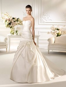 Pronovias Nauta Wedding Dress