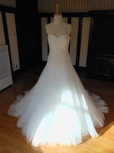 Pronovias Oma Wedding Dress