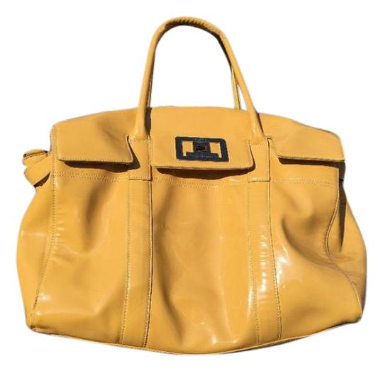 Preload https://img-static.tradesy.com/item/21085444/new-york-and-company-yellow-patent-leather-shoulder-bag-0-1-540-540.jpg