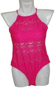 Kenneth Cole Reaction Kenneth Cole Reaction Pink with Lace Removable Bra Pads Size M