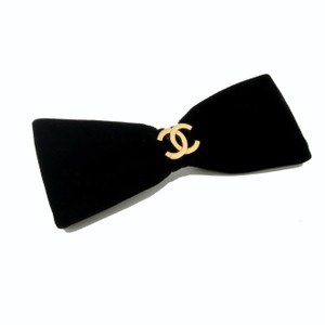 Chanel Chanel Limited Edition Rare CC Gold Monogram Hair Bow Accessory