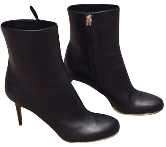 Preload https://img-static.tradesy.com/item/2108618/givenchy-black-leather-bootsbooties-size-us-8-regular-m-b-0-0-540-540.jpg