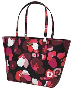 Kate Spade Down The Rabbit Hole Oops A Daisy Large Travel Tote in Wonder floral