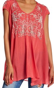 Johnny Was Embroidered Cap Sleeve Rayon V-neck Tunic