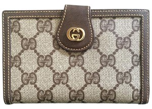 Gucci Vintage Gucci Brown Wallet Kiss Lock