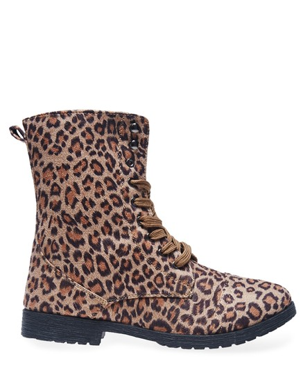 Twisted Shoes Multi Boots