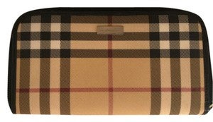 Burberry zip around wallet