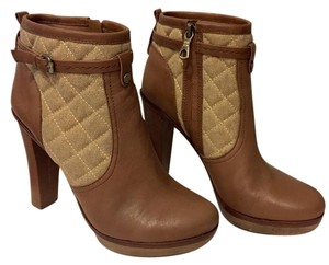 BCBGMAXAZRIA Leather Quilted Material Platform Caramel brown: two tone Boots