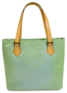Louis Vuitton Tote in lime green