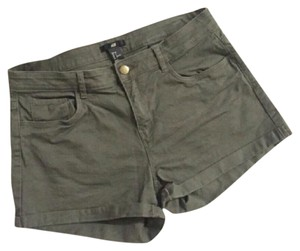 H&M Cuffed Shorts Olive Green