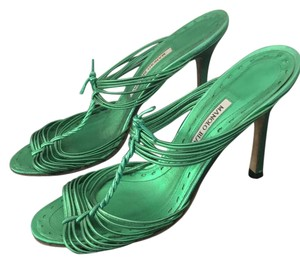 5f582ce83e9 Women s Green Manolo Blahnik Shoes - Up to 90% off at Tradesy