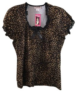 Pinup Girl Clothing - Deadly Dames Top Black / Leopard Print