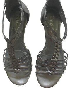 Enzo Angiolini pewter Sandals