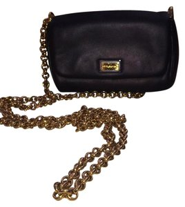 ea9208d067bc Dolce Gabbana Cross Body Bags - Up to 90% off at Tradesy