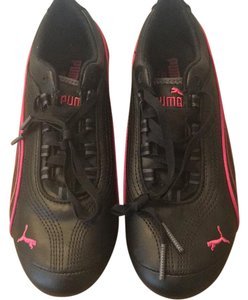 Puma black with pink detail Athletic