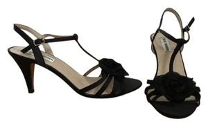 Steve Madden T-strap Flower Satin Night Out Date Night Black Sandals