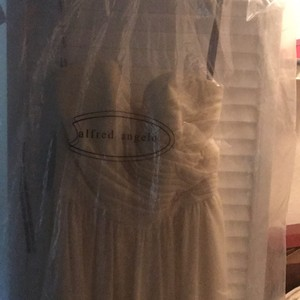 Alfred Angelo Butter Cream Like New Wear Only Once Dress