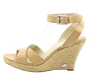 Michael Kors Leather New In Box Nude Wedges