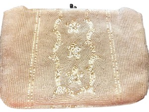 La Regale Vintage Evening Beaded cream / pearl Clutch