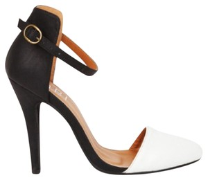Tobi Stiletto Color-blocking Ankle Strap Vegan Leather Vintage White Pumps