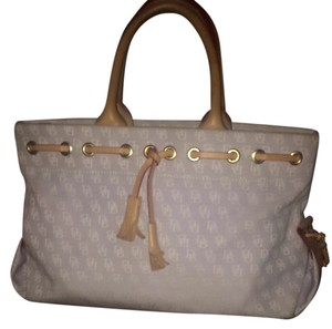 Doonie and bourke Spring Purse Spring Dress Pastel Pastels Pale Tote in Lavendar