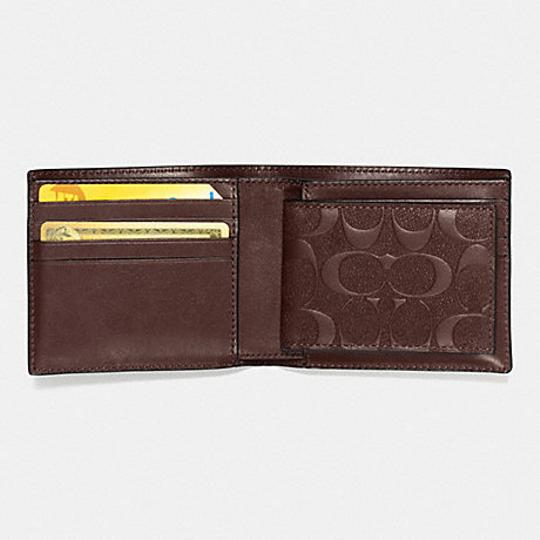 Coach COACH F 75371 COMPACT ID WALLET IN SIGNATURE CROSSGRAIN LEATHER Image 1