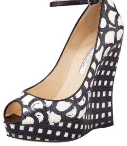 Oscar de la Renta black and white Wedges