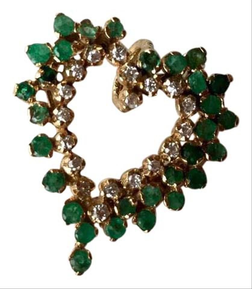 https://img-static.tradesy.com/item/21096338/neiman-marcus-gold-green-diamond-reduced-14k-yellow-060ct-emerald-and-040ct-heart-pendant-necklace-0-1-960-960.jpg