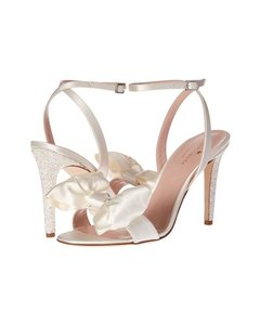 Kate Spade Ivory Idella Sandals Size US 9 Regular (M, B)
