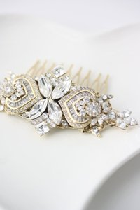 Brand New Gorgeous Modern Vintage Hair Comb