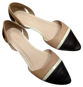 Bamboo nude, white and black Flats