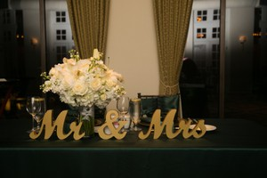 Gold Mr & Mrs Table Decor