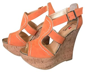 Luichiny Wedges