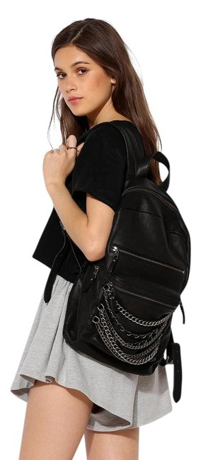 Item - Domino Chain Black/Tarnish Silver Leather Backpack