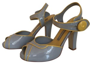 Chinese Laundry Vintage Pinup Grey Pumps