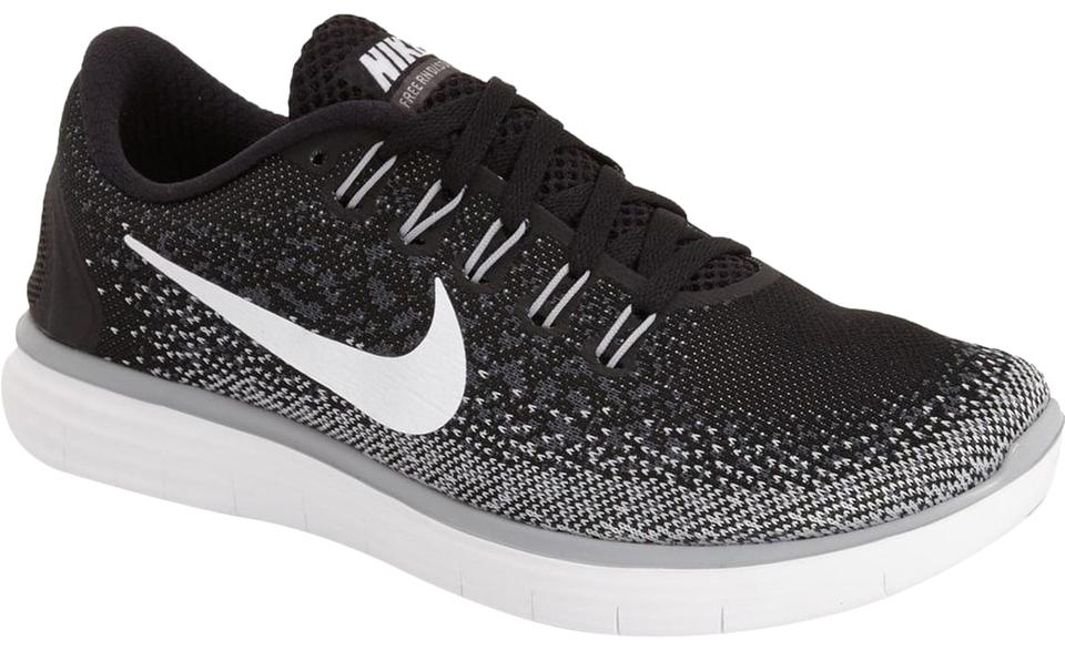 nouvelle arrivee ed1ff 4791f Nike Black Women's Free Rn Distance Sneakers Size US 6 Regular (M, B) 52%  off retail