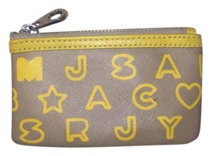 Marc by Marc Jacobs Wristlet in grey and yellow with yellow interior