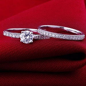 Silver Plated Charm For Women Bijoux Crystal Engagement Ring